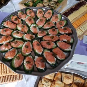 Kosher cucumber and salmon boats - delicious kosher food
